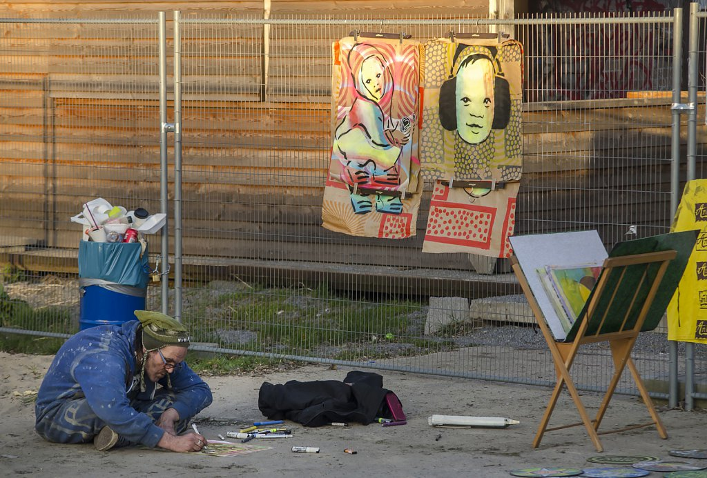 Artist on RAW grounds in Revaler Straße